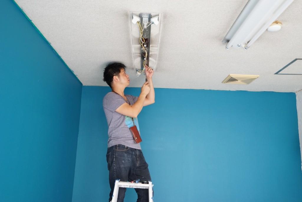 電気工事は自分でやって良い?天井のリフォーム〜下地編〜